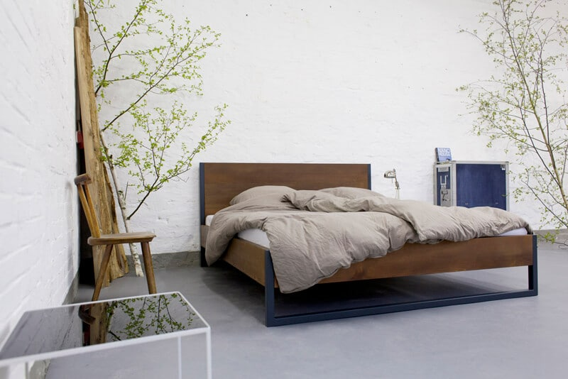 loft vintage industrial bett massivholz und stahl. Black Bedroom Furniture Sets. Home Design Ideas