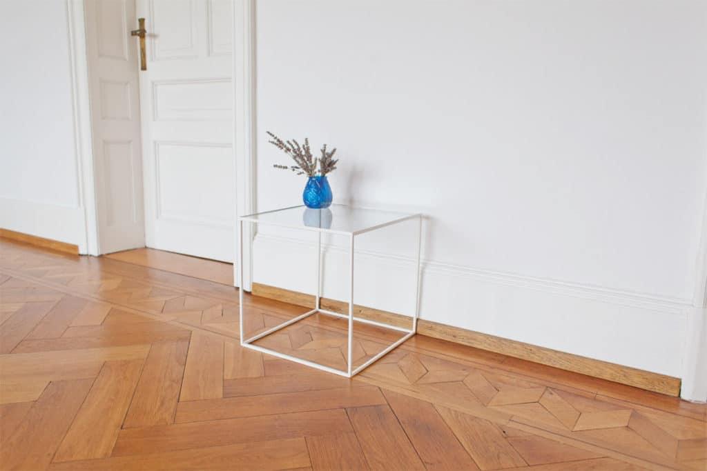 glas beistelltisch n51e12 design manufacture. Black Bedroom Furniture Sets. Home Design Ideas