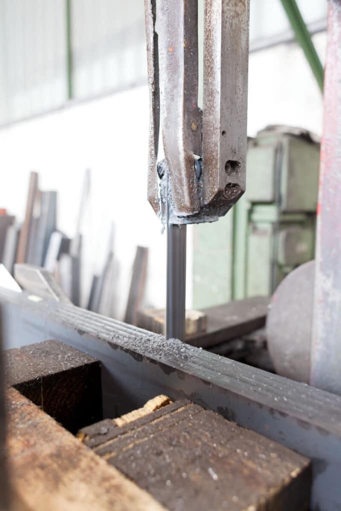 Verarbeitung von Eisen und Stahl direkt beim Großhandel