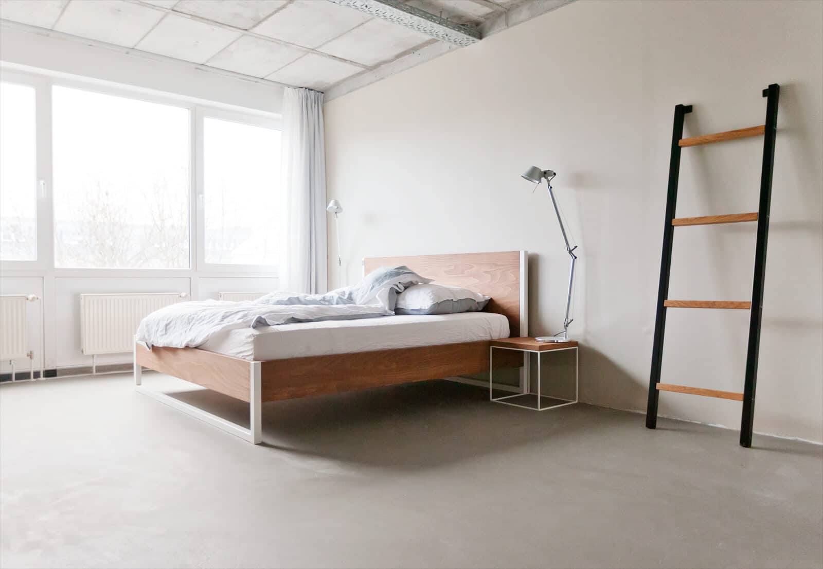 loft vintage industrial bett massivholz und stahl n51e12 design manufacture. Black Bedroom Furniture Sets. Home Design Ideas