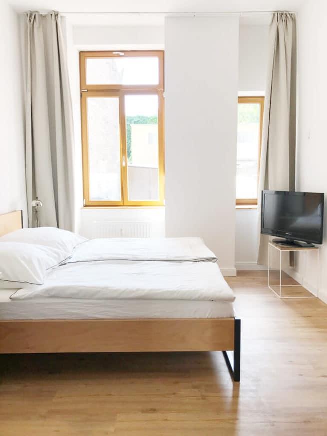 cash back n51e12 design manufacture. Black Bedroom Furniture Sets. Home Design Ideas