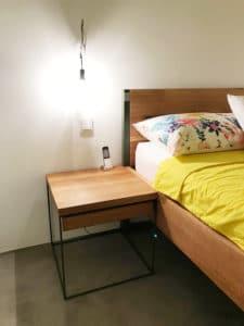 N51E12_Green_Residence_Loft_Frankfurt_Design_Bett_Massivholz_Massivholzbett_Stahl_Nature_Oak_Eiche_Ral6003_Olivgrün