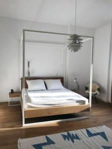 N51E12_Kundenbild_Nature_Oak_Bett_Himmelbett_Eiche_Ral9100_Reinweiss_