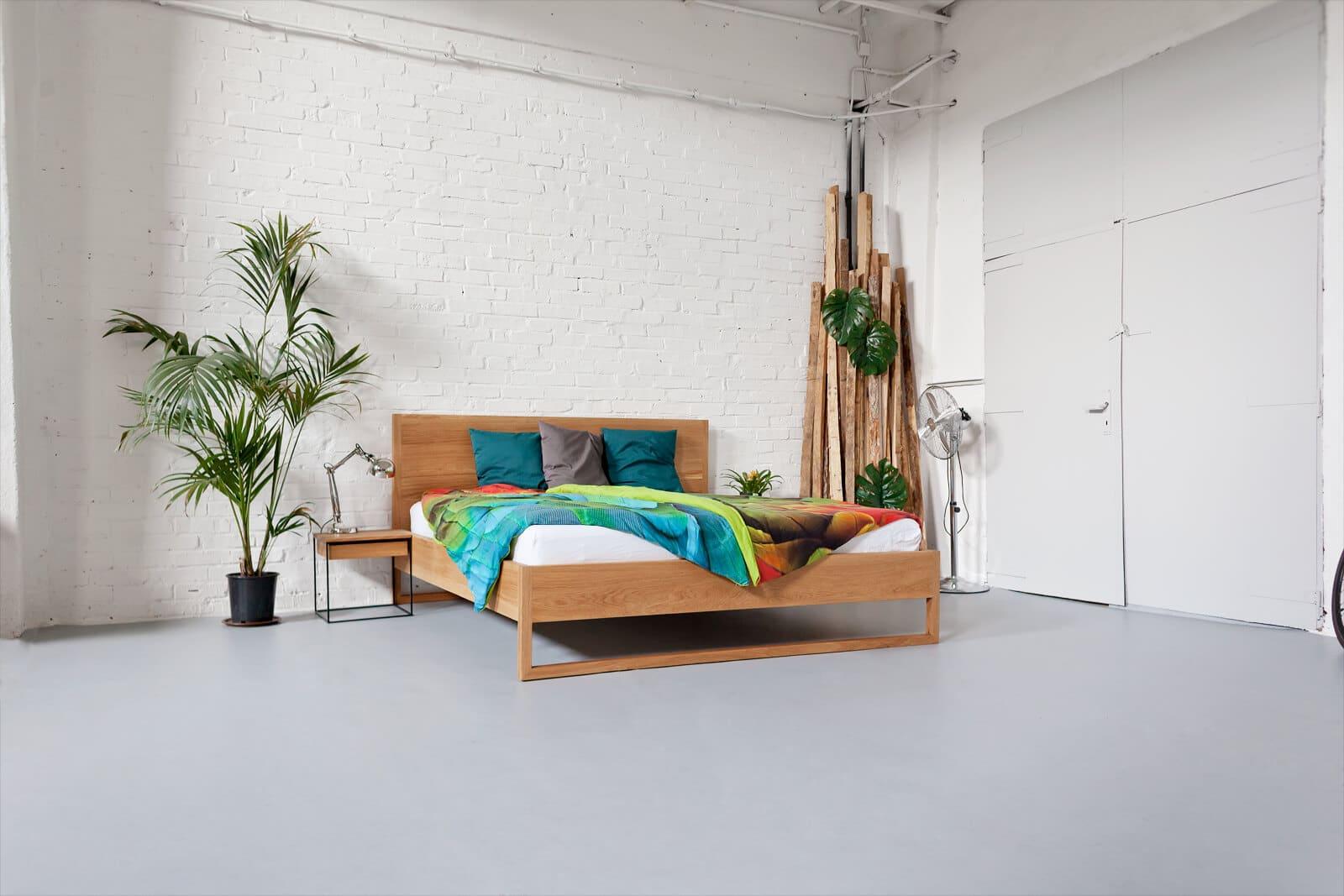Pure Oak Bed - Massivholzbett aus Eiche