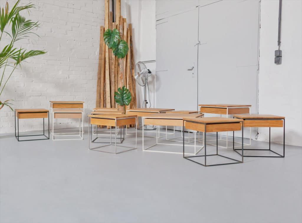 Design Beistelltisch mit Schublade, Nachttisch aus Massivholz und Stahl, Tisch, Couchtisch, Loft, Büro