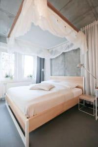N51E12 Nature Ash Bett - Massivholz Esche, Doppelbett, Massivholzbett aus Esche, 180x200, Designbett, Loft, Loftbett