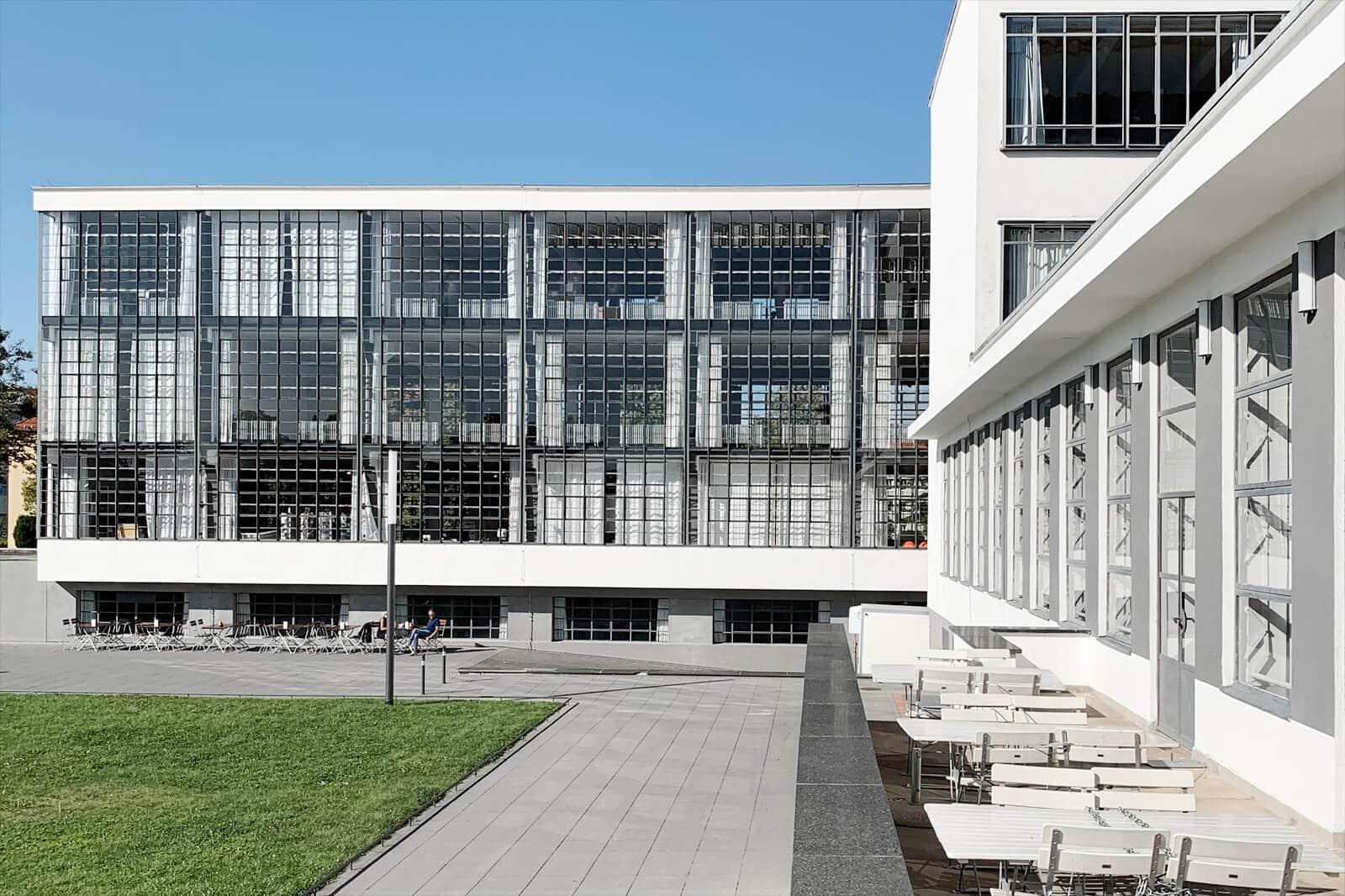 Bauhaus Dessau - Loft Design aus Stahl, Beton und Glas