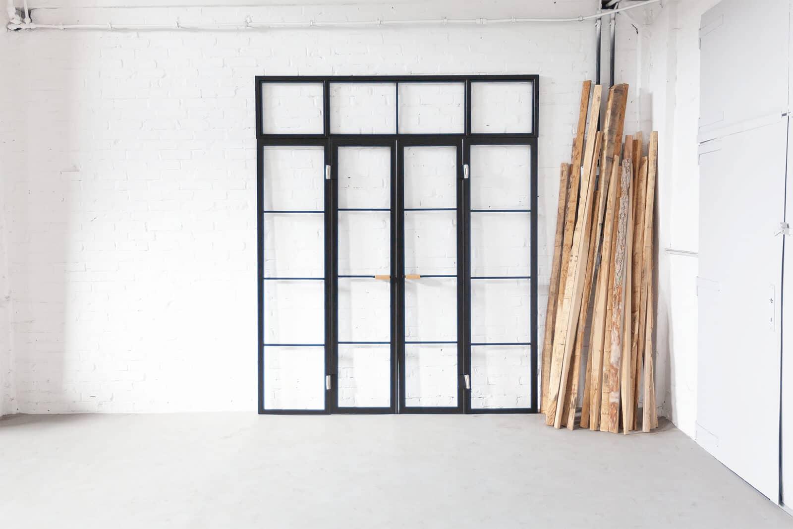 N51E12 Stahl Loft Tür, Doppeltür, Schwingtür, Glastrennwand, Raumtrenner, Trennwand, Bauhaus Design, Bauhaus Tür