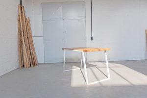 N51E12 Design Tisch, Esstisch für das Esszimmer, Küche, Massivholztisch, Eiche, Stahl, Massivholz, Designtisch, Desig, Bauhaus Design