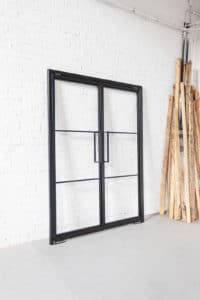 N51E12 Stah Loft Tür, Doppeltür, Pivottür, Schwingtür, Glastrennwand im Bauhaus Design, Stahl Tür, Raumternner, Raumteiler, Windfang,auhaustür