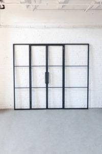 N51E12 Stahl Loft Tür , Doppeltür, Drehtür, Lofttür, Raumtrenner, Windfang aus Stahl und Glas, Loftdoor, Design Tür, Bauhaus Design, Glastrennwand