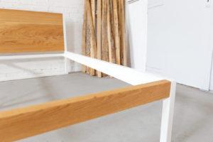 N51E12 B18 Design Bett aus Massivholz Eiche und Stahl, Stahlgestell, Bettgestell, Bettrahmen, Designerbett, Loftbett, Futon-Bett, 200x200, 8cm Einlegetiefe