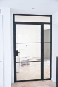 Stahl Loft Tür, Drehtür, Raumtrenner, Windfang, Glastrennwand, Drehtür, Schlosskasen, Lofttür, Steel Door, industrial Door