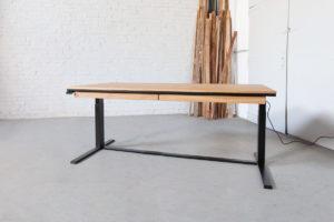 N51E12 Smart elektrisch höhenverstellbarer Schreibtisch aus Massivholz Eiche und Stahl, Stahlrahmen, Stahlgestell, Metall, Metallrahmen, Office, Schreibtisch, Bürotisch, Lofttisch, Loft, 160x90