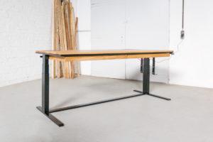 N51E12 Smart elektrisch höhenverstellbarer Schreibtisch aus Massivholz Eiche und Stahl, Stahlrahmen, Stahlgestell, Metall, Metallrahmen, Office, Schreibtisch, Bürotisch, Lofttisch, Loft, 220x80