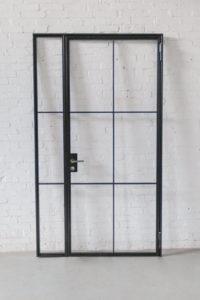 Loftstahl, N51E12, Drehtür, Glastrennwand, Stahl Loft Tür, Steel Door, industrial door, Oberlicht, Seitenteile, Designtür, Steeldoor, Glastrennwand, Glastür, Stahltür, Designtür, Bauhaustür, Schlosskasten