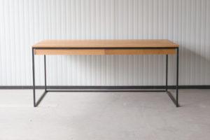 N51E12 Design Schreibtisch mit Schubladen, Massivholz Eiche, Stahlrahmen, Stauraum, Loft, Bürotisch,180x80, Schubladen, RAL 9005 Tiefschwarz