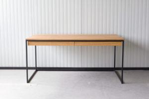 N51E12 Design Schreibtisch mit Schubladen, Massivholz Eiche, Stahlrahmen, Stauraum, Loft, Bürotisch,160x75, Schubladen, RAL 9005 Tiefschwarz