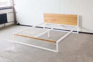 N51E12 B18 Designbett, minimalistisches Bett, Loftbett, Stahlrahmen, Stahlbett, Bettgestell, Metallbett, Bauhausdesign, Loft style 180x200