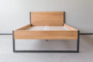 N51E12 140x200 Nature Oak Bett aus Massivholz Eiche, Massivholzbett, Loftbett, Doppelbett, Stahlrahmen, Stahlbett, Metallbett, Metallrahmen, Bettrahmen, Loftbett, Loft