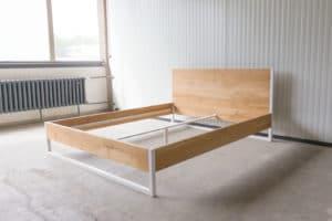 N51E12 180x220 Nature Oak Bett aus Massivholz Eiche, Massivholzbett, Loftbett, Doppelbett, Stahlrahmen, Stahlbett, Metallbett, Metallrahmen, Bettrahmen, Loftbett, Loft, minimalistisches Bett, Sonderlänge, Sondergröße, Überlänge